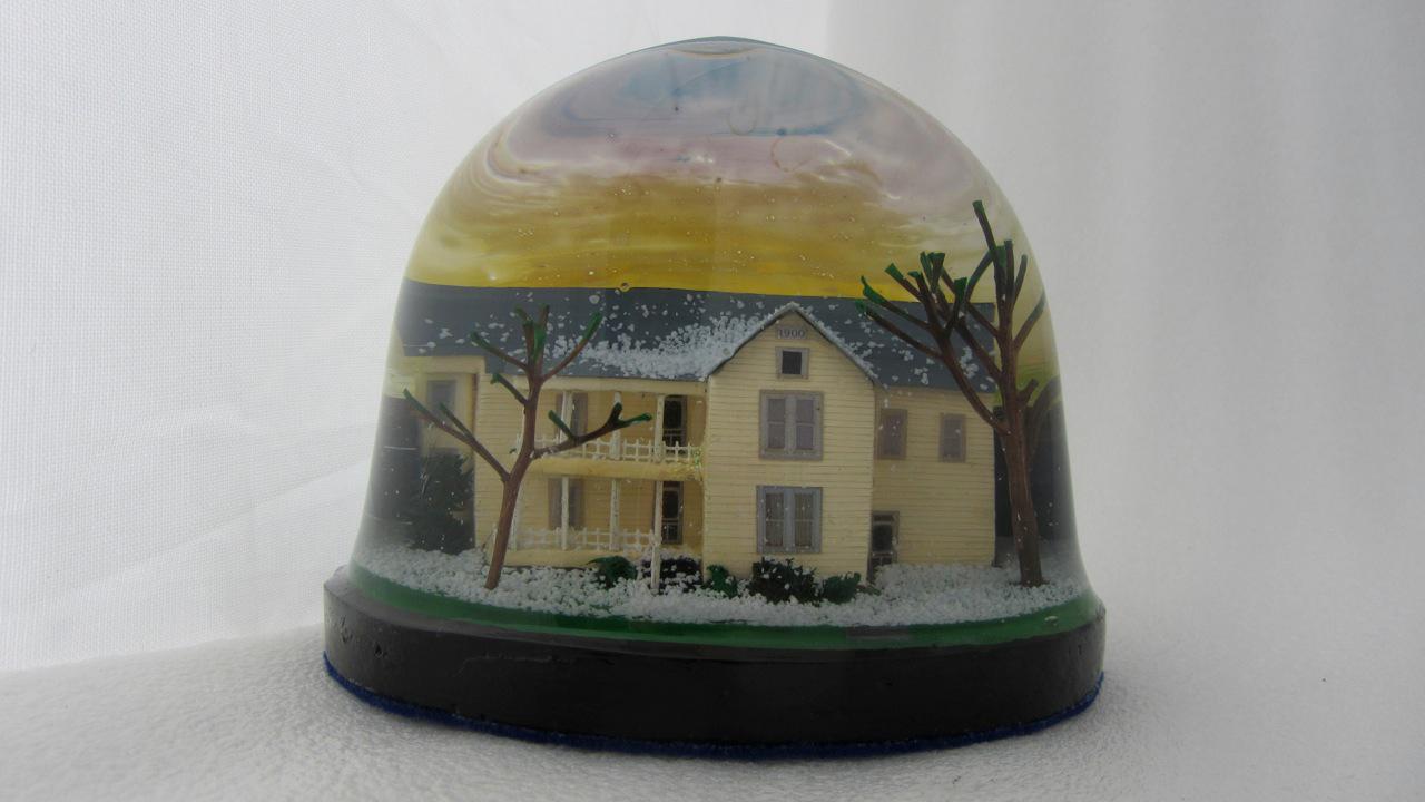 17-portfolio-snow-dome